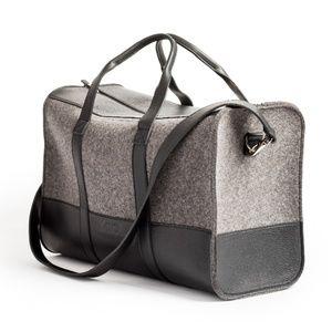 Knoll Weekender Bag in Gray
